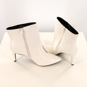 New Ladies White Ankle Booties Size 10W
